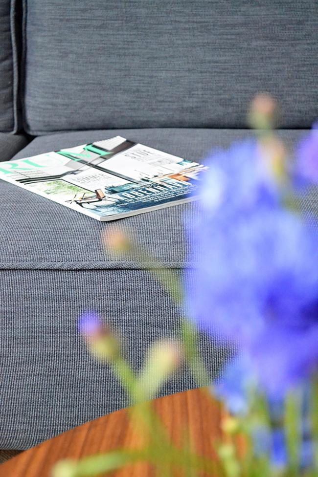 happy-interior-blog-boconcept-cenova-sofa-close-up