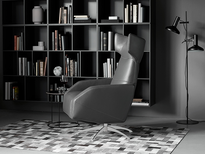 Harvard - black designer armchair